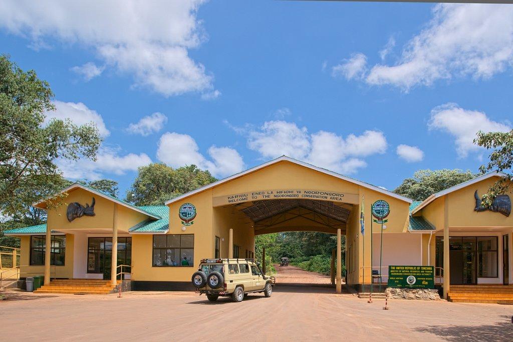 Gate zum Ngorongoro 2010