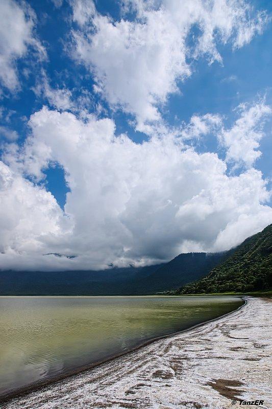 Ngorongoro: Empakaai and Oldupai