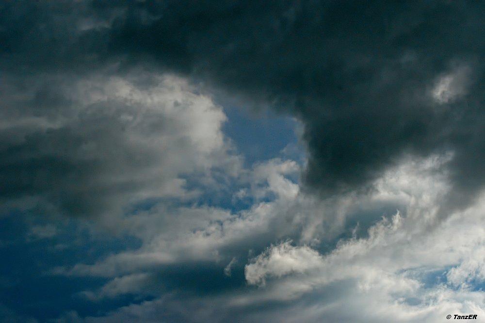 Wolken über dem Mbalageti